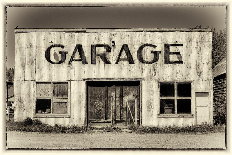 Vintage Garage - Freedom, WY